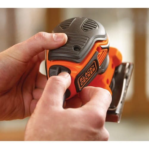Black and Decker - 220W 14 vel schuurmachine met handpalmschakelaar - KA450