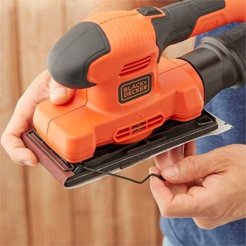 Black and Decker - 150W 13 vel vlakschuurmachine - BEW220